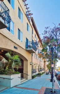 Hawthorne-Place-Street_Little-Italy_San-Diego-Downtown